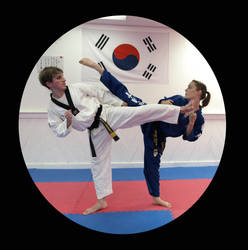 Ross and Meggie - Taekwondo by Kicks02