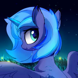 Walking below the moonlight by Aureai