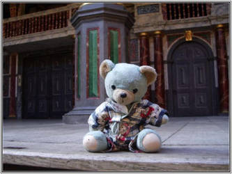 Blue Ted at the Globe by cat-man-info