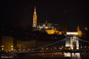 Budapest night by andika0