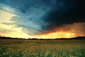 The Storm IV by iustyn