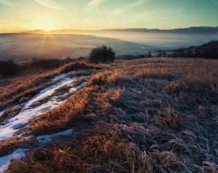 new day by iustyn