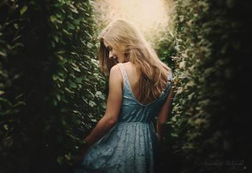 Le labyrinthe (Alice) by anaispopy