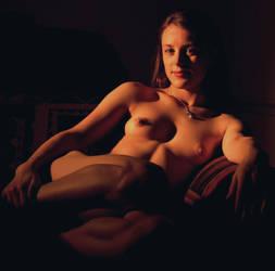 Nude in Chiaroscuro by uqbar1