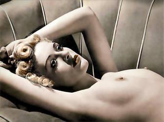Deco sofa nude by uqbar1
