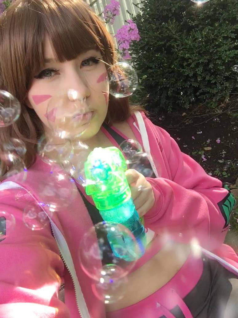 Bubble D.Va by RaspberryAlpaca-chan