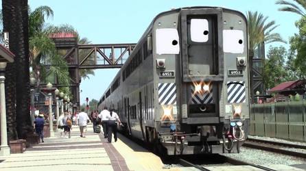 Amtrak 6953 by Grantrules