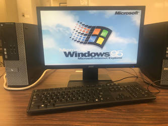 Windows 95 on Modern Dell by Grantrules