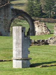 6-4-2015 Kirkham Priory I by pdurdin