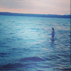 Lost in the ocean by SansTheLazyBones