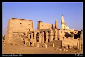Luxor temple Egypt rld 01 by richardldixon