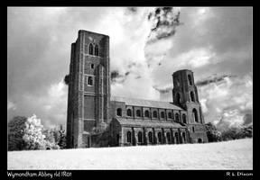 Wymondham Abbey rld IR01 by richardldixon