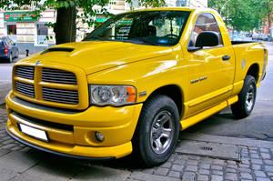 Dodge Ram Hemi by cmdpirxII