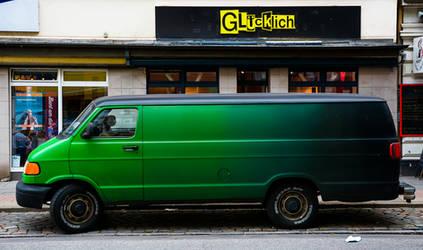 Green Van by cmdpirxII