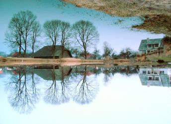 mirrorwater by Vitaleus
