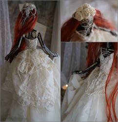 Luna Carmina (details): The Dark Beauty art doll by LellecoShop