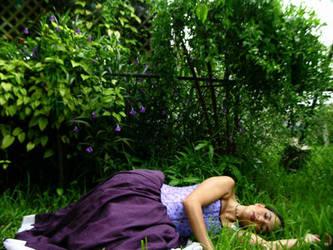 dead girl (self portrait) by abandonedmuse