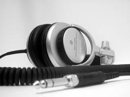 My 2nd pair of headphones by donkeybeatz
