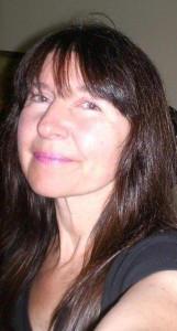 alivethroughart's Profile Picture