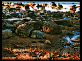 Stones by kiokiliant