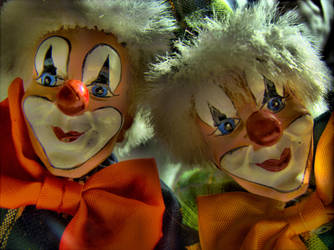 Two clowns 2 by kiokiliant