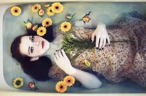 Ophelia in bathtub - II. by jusdorangephoto