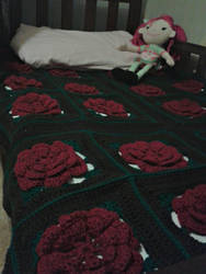 Roses Blankie by TheHappyHooker