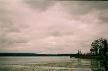 Heavy clouds by arjagem