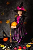 Big Little Witch by nicubunu