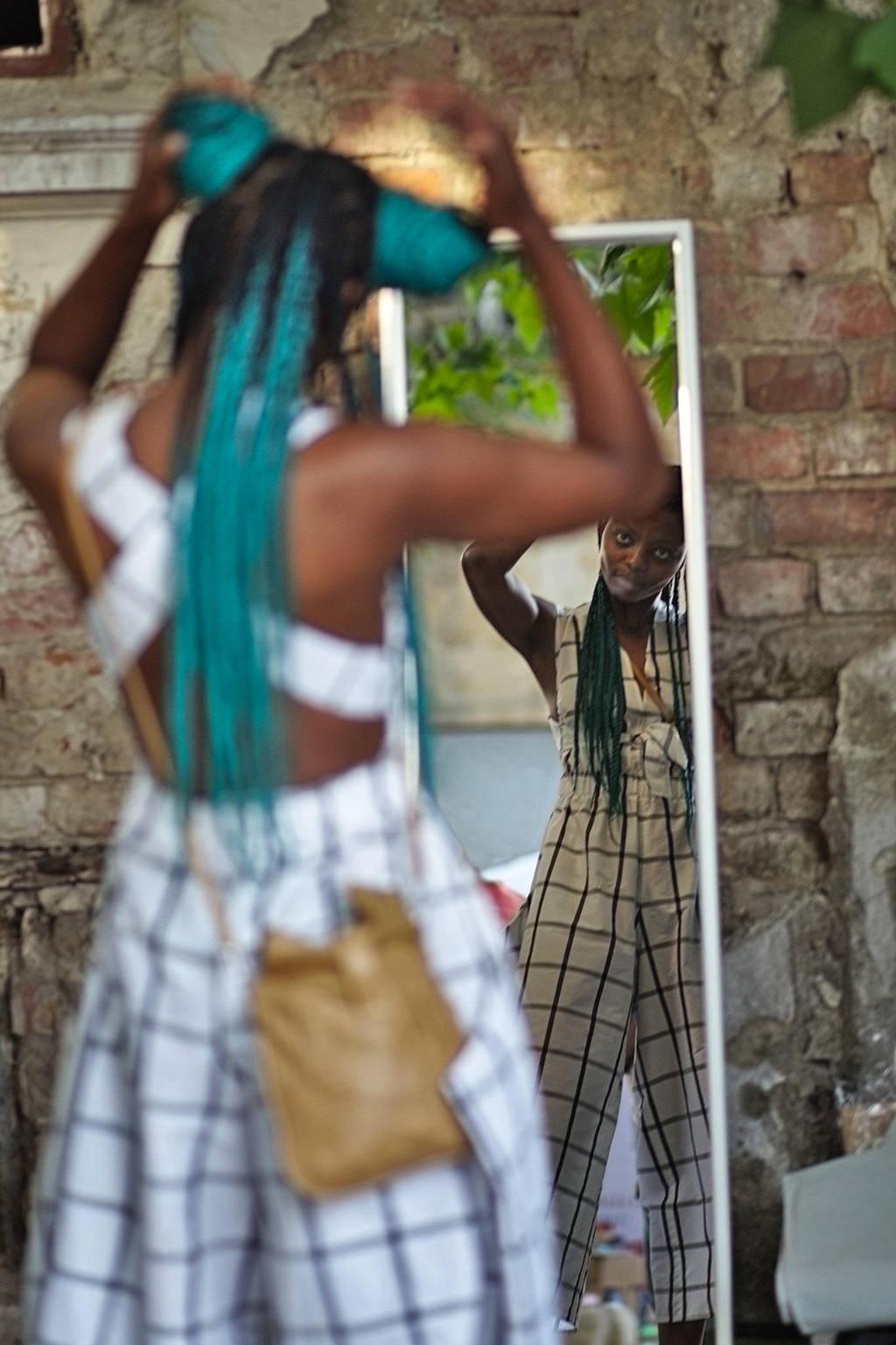 Face the mirror by nicubunu