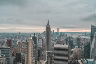 Empire State Building (Photo) by lunaroveda