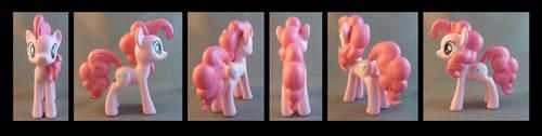 Pinkie Pie by krowzivitch