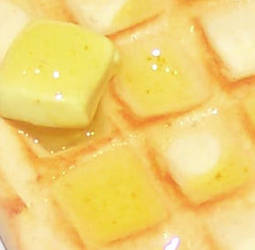 Honey waffle Detail by PookieTookieJewelry