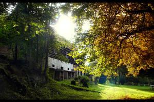 Farm house by tomsumartin