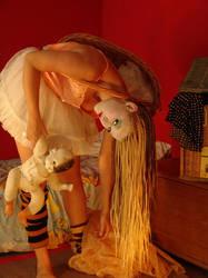 doll2 by mcrostie