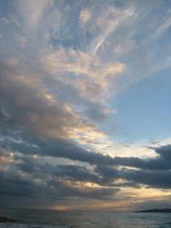 Sky in winter by atakanakata