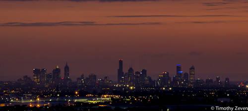 Melbourne Skyline by zevensoft