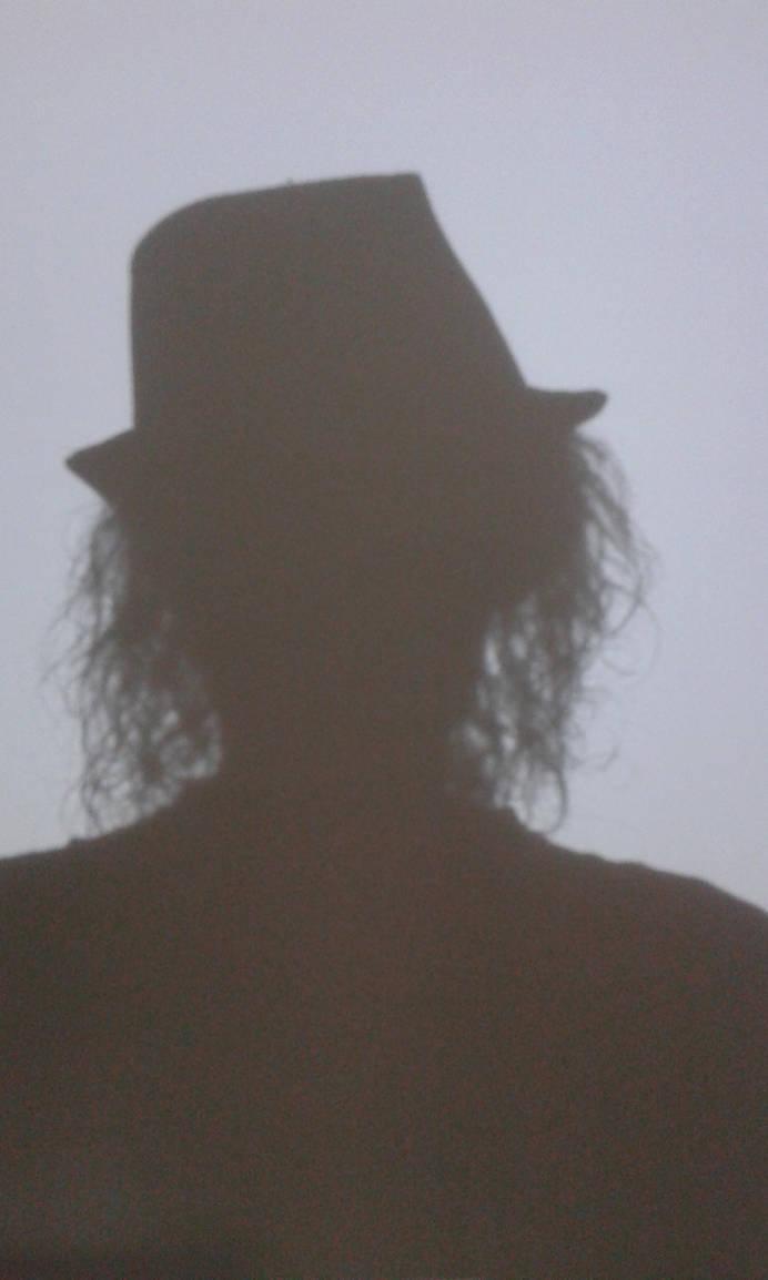 Shadow Selfie by lennarrrt