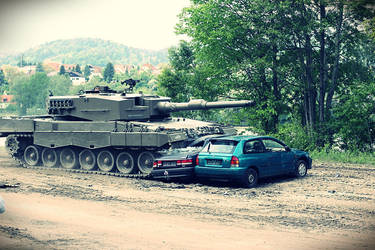 Leopard 2A4 Tank smashes cars by neo1984com