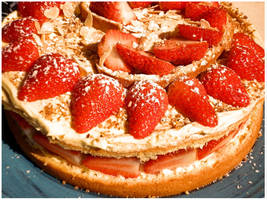 Strawberry sponge cake home made by Younae