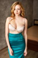 green skirt by Aledgan