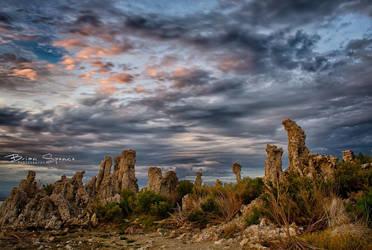 Tufa Sunset Mono Lake by o0oLUXo0o