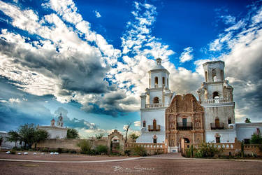 San Xavier Mission by o0oLUXo0o