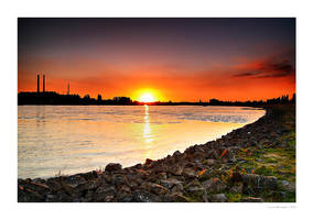 Sunset at Duesseldorf II by Wedge2
