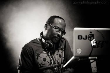DJ Jazzy Jeff mixing by gavinholt