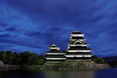 Matsumoto Castle - dusk wide by barsknos