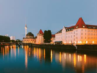 Berlin by Night by Sarah-BK