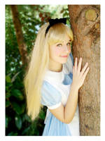 Alice looking for the White Rabbit by xMysticDreamer