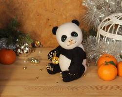 Panda (a gift for my Moms birthday) by Sillykoshka