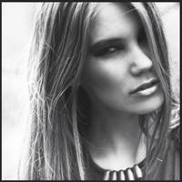 Beata BW by 6Artificial6